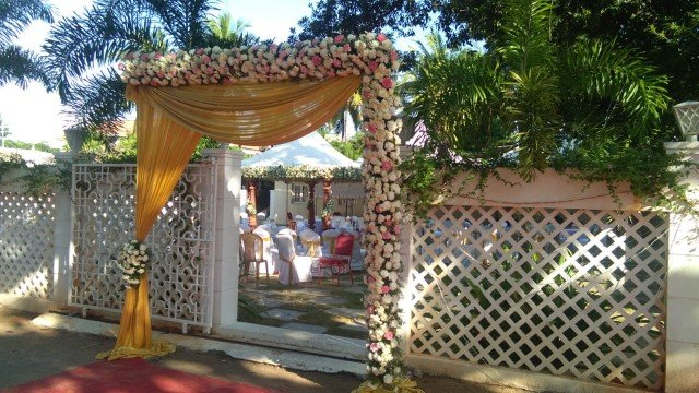 Beautiful outdoor lawn decoration for wedding in Chennai
